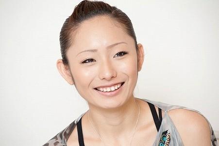 浅田舞豊胸バストアップ方法