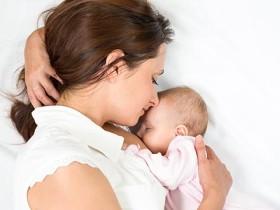 胸が小さい産後バストアップ方法