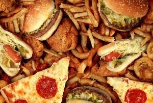 バストアップ悪い食べ物